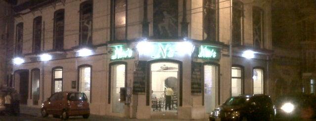 Nino's Bar is one of Posti che sono piaciuti a Lelia.