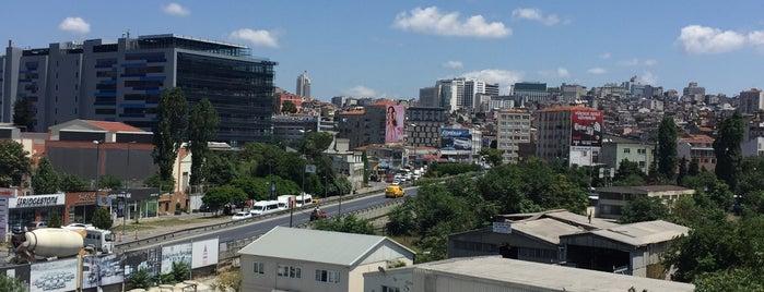 Küçük Piyale is one of İstanbul | Beyoğlu İlçesi Mahalleleri.