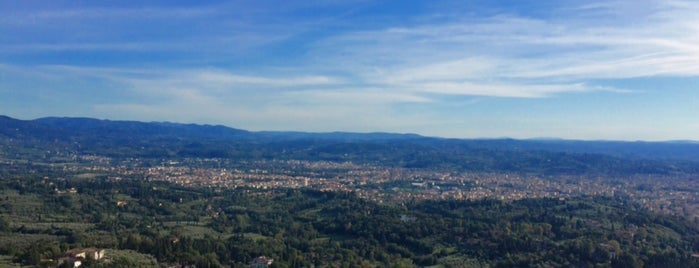 Panorama Fiesole is one of Aliさんの保存済みスポット.