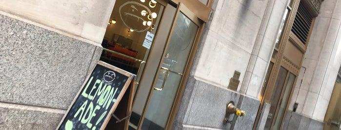 Café Grumpy is one of Lugares favoritos de Erik.