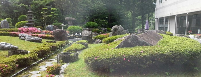 Kirishima Hotel is one of Lugares favoritos de Shigeo.
