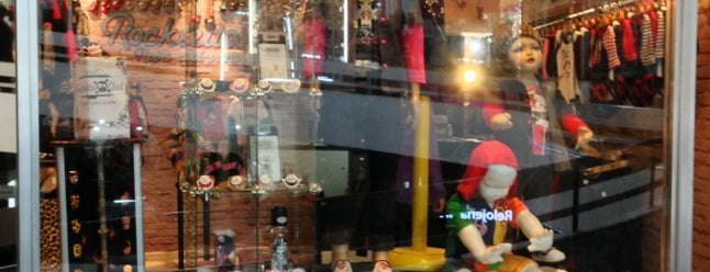 Rockeritos Cool is one of Lugares favoritos de Ely.