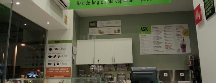 Revive Juice Bars is one of madrid.