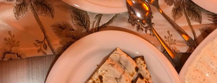 Cem Sultan Bedesteni Restaurant is one of Locais curtidos por Fatih.