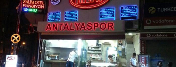 Kokoreççi Hilmi Şarampol Şubesi is one of Antalya Etiket Bonus Mekanları 🌴🍁🍃.