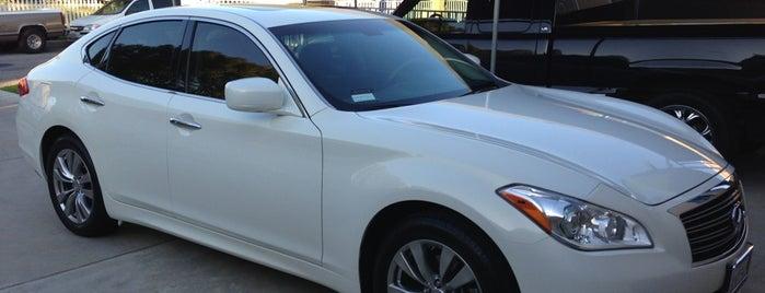 Lexus Santa Monica is one of Locais curtidos por Houda.