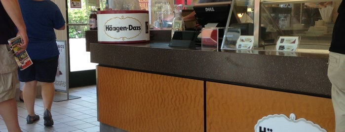 Häagen-Dazs® is one of Sathish's Liked Places.