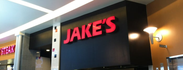 Jake's Hawaiian BBQ is one of Lieux qui ont plu à Edwina.