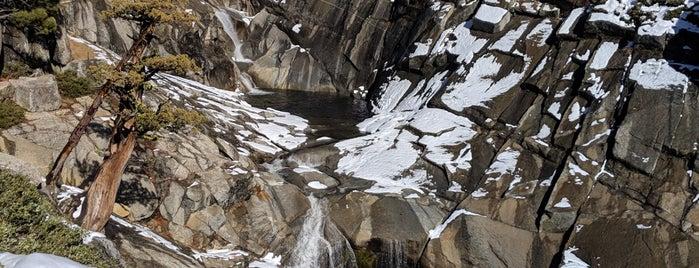 Yosemite Falls Overlook is one of Lugares favoritos de Lauren.