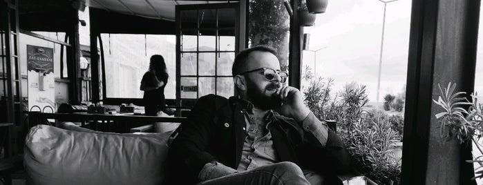 Zat-ı Şahane Cafe & Bistro is one of 'Özlem'in Beğendiği Mekanlar.