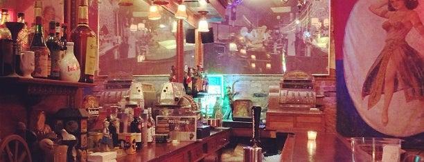 Green Door Tavern is one of Chicago Grouper venues.