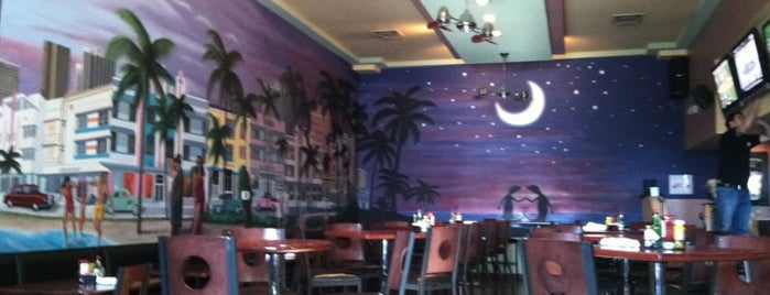 Geckos Bar and Tapas is one of Must-visit Nightclubs / Bars in Albuquerque.