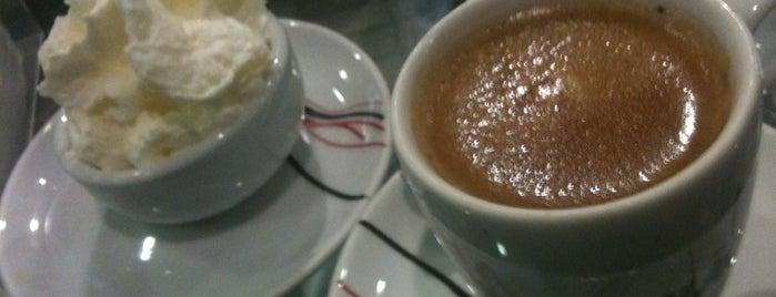 Viena Café is one of Augustando.