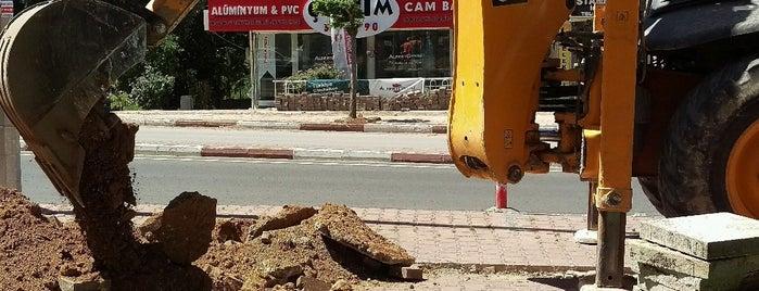 Balıkçıoğlu Caddesi is one of Locais curtidos por TC Pınar.