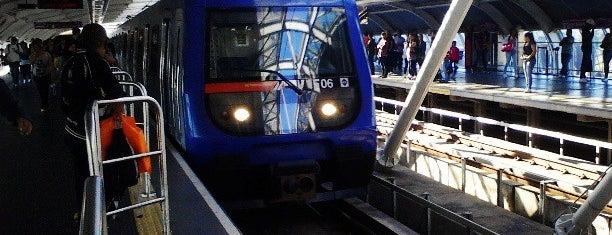 Estação Santo Amaro (Metrô) is one of Estações.