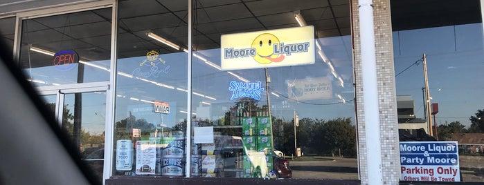 Moore Liquor is one of Dana : понравившиеся места.