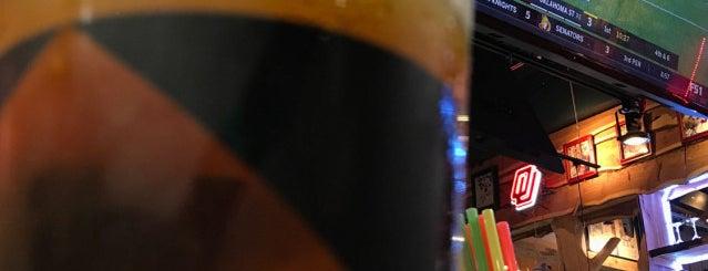 Penny Hill Deli Bar & Char is one of V 님이 저장한 장소.