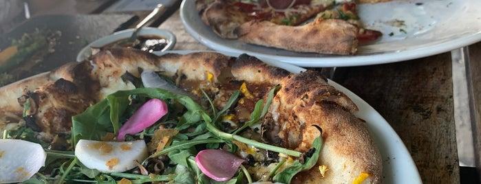 Pizzas Nosferatu is one of Posti salvati di Oscar.