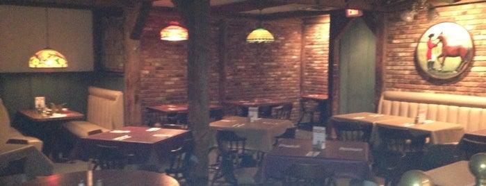 Park Pub is one of Locais salvos de Lizzie.