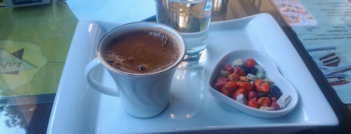 Kahvejim is one of สถานที่ที่ Gökhan ถูกใจ.