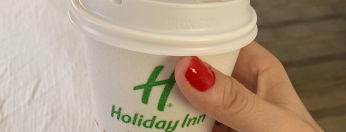 Holiday Inn Charlotte-Airport Conf Ctr is one of Gavin'in Beğendiği Mekanlar.