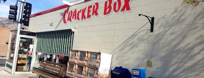 The Cracker Box is one of สถานที่ที่ Dylan ถูกใจ.