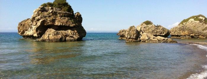 Porto Azzuro is one of Grécia.