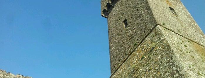 Fortezza Radicofani is one of ToscanaTips.