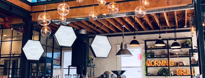 Better Buzz Coffee Hillcrest | Coffee Bar & Roastery is one of Tempat yang Disukai Paul.