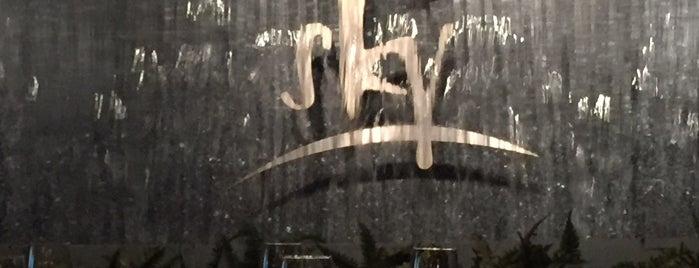 Sky Restaurant is one of Gespeicherte Orte von Jeff.