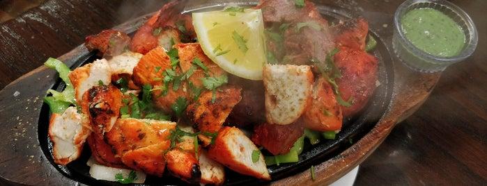 Tasty Indian Bistro is one of Posti che sono piaciuti a Erik.