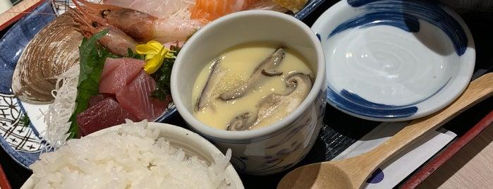 魚や一丁 新宿三光町店 is one of Lugares favoritos de 西院.