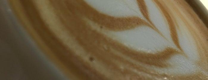 Neues Schwarz Kaffeebar is one of Mishutka 님이 좋아한 장소.