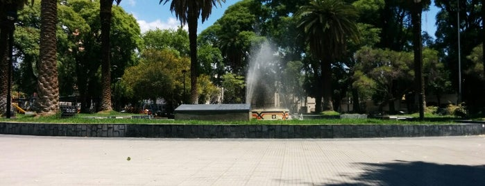 Plaza Chile is one of Mendoza.