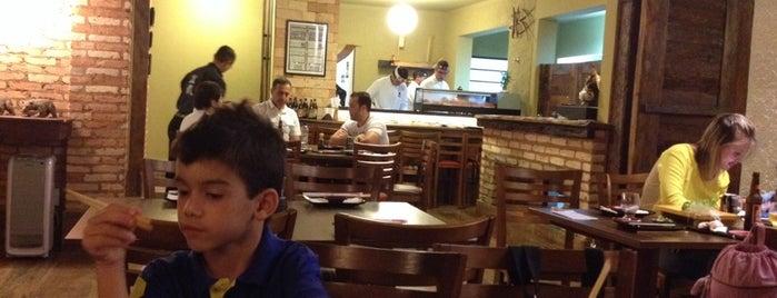 Bonsai Sushi Bar is one of Orte, die Eduardo gefallen.