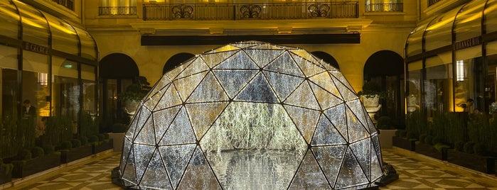 La Galerie is one of PAR.