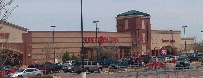 Target is one of สถานที่ที่ Katherine ถูกใจ.