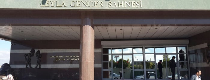 Leyla Gencer Sahnesi is one of Lieux qui ont plu à Büşra.