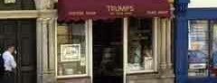 Trumps Coffee Shop is one of Posti che sono piaciuti a Travis.