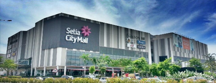 Setia City Mall is one of Lieux qui ont plu à Alisa.