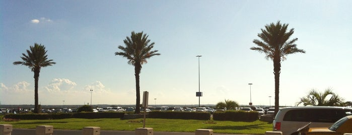 SeaWorld Parking Lot is one of Road Trips.