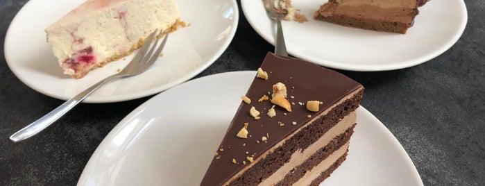 PetriS Chocolate Room is one of Locais salvos de Salla.