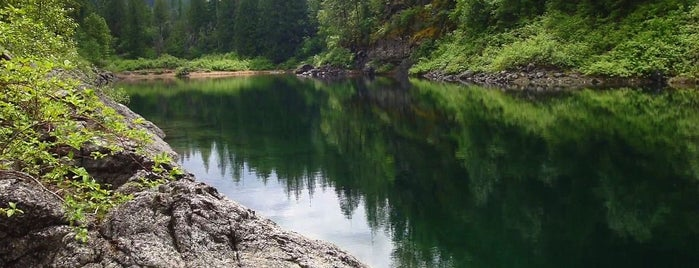 Colville National Forest is one of National Recreation Areas.