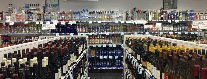 Montgomery County Liquor & Wine is one of Brandon : понравившиеся места.
