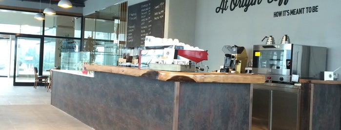 At Origin Coffee/Nida Kule is one of Fさんの保存済みスポット.