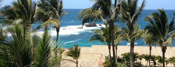 Four Seasons Resort Punta Mita is one of Lugares favoritos de Adriana.