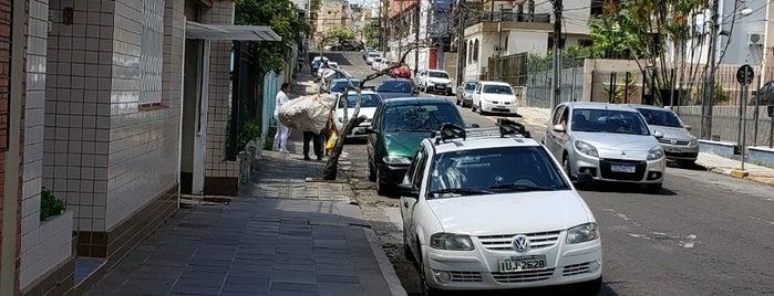 Rua Tuiuti is one of สถานที่ที่บันทึกไว้ของ Maurício.