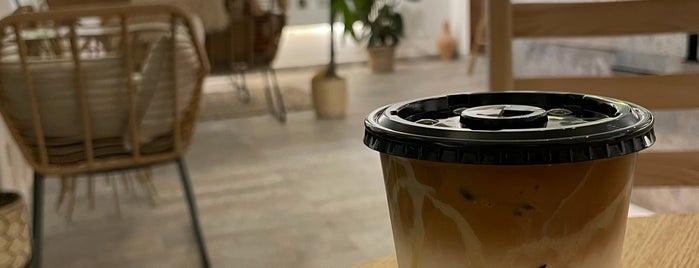 Bolt Coffee is one of Queen: сохраненные места.