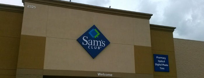Sam's Club is one of Orte, die M gefallen.