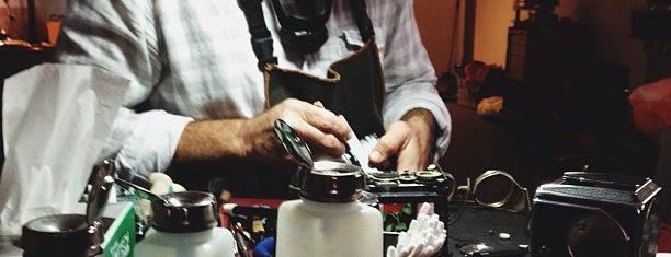Kiwi Camera Service is one of Tempat yang Disukai Devin.